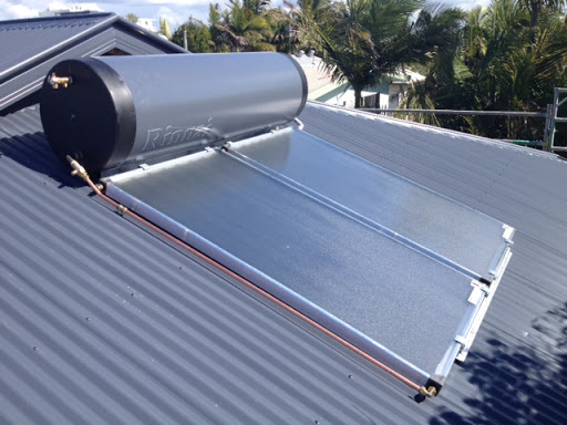 Trade solar hot water system plonk on services